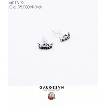 Long earrings crown