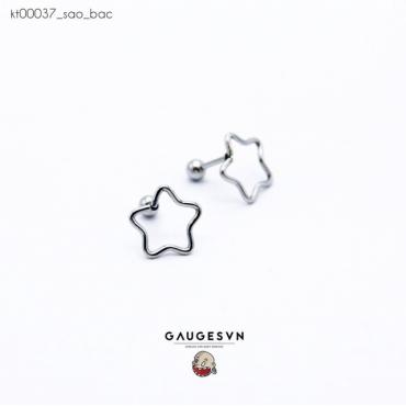 Piercing silver star shaped earrings