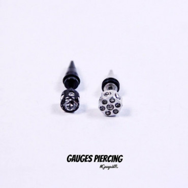 Earrings square pin sharp white rocks
