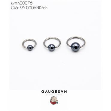 One grainy gray grasshopper ring