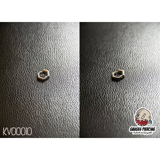 White hexagonal rings earrings
