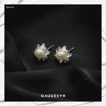 pearl oyster silver earrings