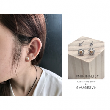 Silver earrings with gold flowers