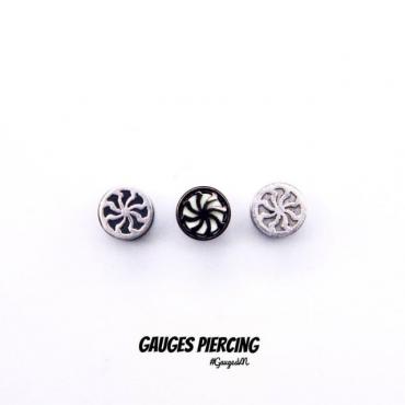 Fake nong pinwheel earrings black